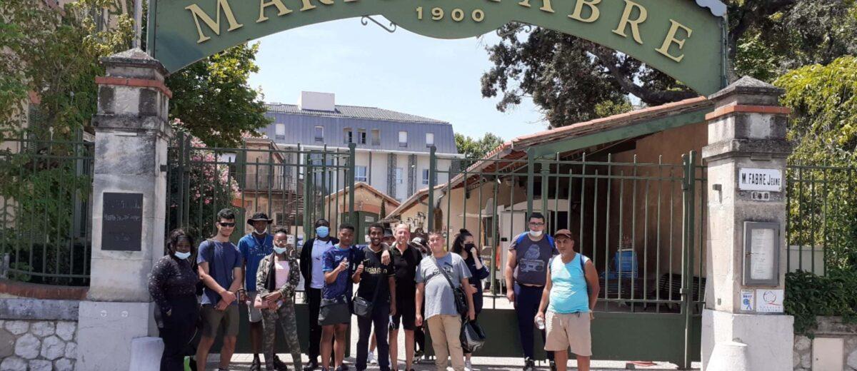 Les stagiaires de l'E2C Marseille visitent la savonnerie Marius Fabre à Salon-de-Provence
